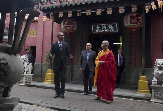 Obama thăm chùa Ngọc Hoàng - Câu nói bất ngờ của Obama - 1