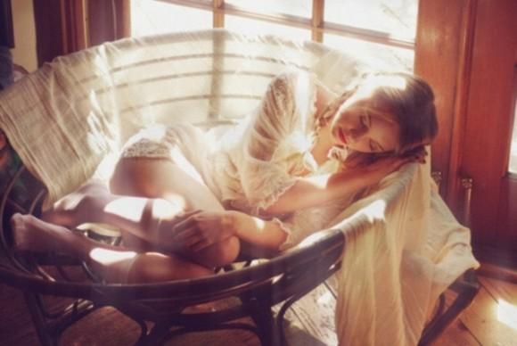 Tuần trăng mật ám ảnh vì chồng thẫn thờ nhớ tình cũ - 1