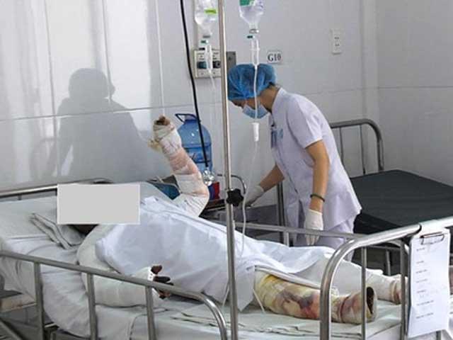 Thêm 1 nạn nhân trong vụ tai nạn ở Bình Thuận tử vong - 1