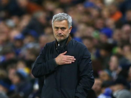 NÓNG: Tiết lộ lý do Mourinho chưa thể đến MU - 1