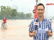 """Video An ninh - Nhiều con phố Hà Nội thành """"sông"""" sau mưa lớn"""