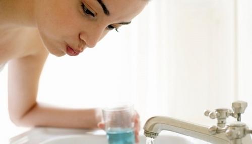 Cách chữa viêm loét miệng đơn giản, an toàn tại nhà - 4