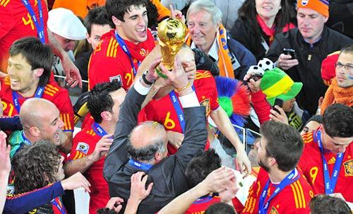 Nghịch lý: La Liga đi lên nhưng Tây Ban Nha đi xuống - 1