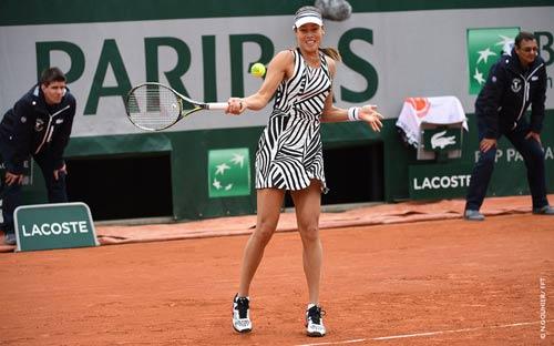 Roland Garros ngày 5: Serena siêu tốc vào vòng 3 - 8
