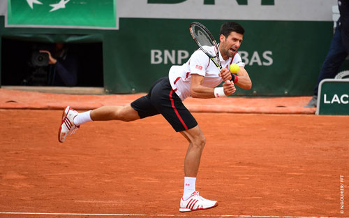 Roland Garros ngày 5: Serena siêu tốc vào vòng 3 - 3