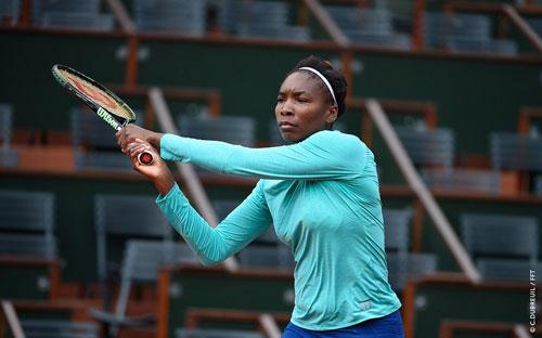 Roland Garros ngày 5: Serena siêu tốc vào vòng 3 - 6