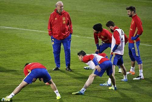"""ĐT Tây Ban Nha tới Euro 2016: Lo cho """"nhà Vua"""" - 1"""