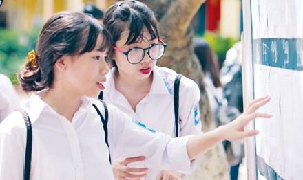 Tuyển sinh vào lớp 10 ở Hà Nội: Tái diễn 'chiêu' chuyển trường? - 1
