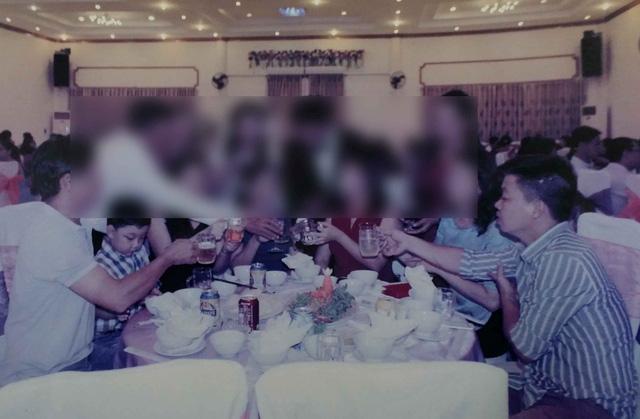 Dự đám cưới chỉ ngồi ăn, không nói chuyện rồi trộm cắp - 2