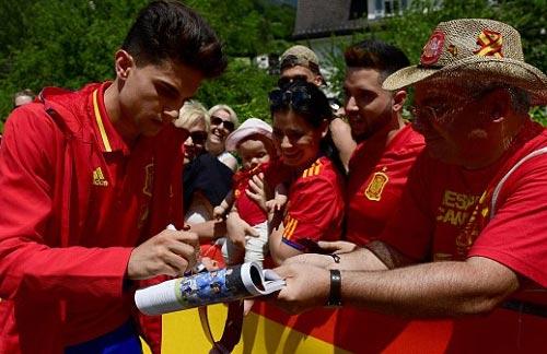 Euro 2016, Tây Ban Nha: Công thức Iniesta + De Gea - 4