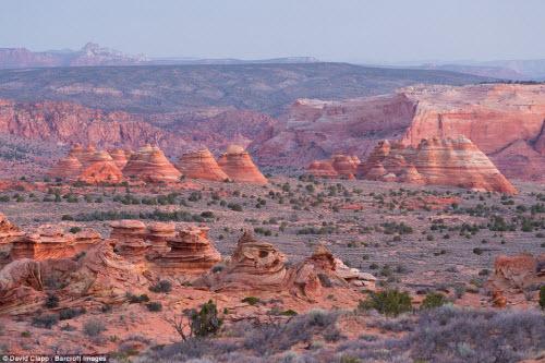 Những địa danh đẹp ngoạn mục như trên hành tinh lạ ở Mỹ - 7
