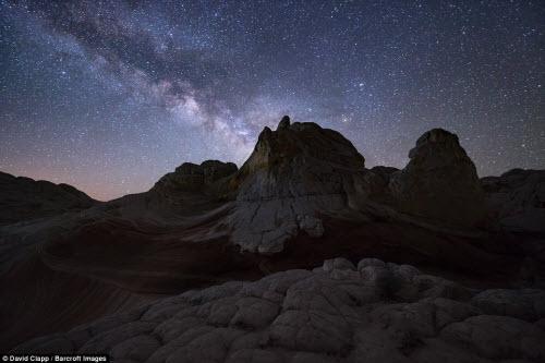 Những địa danh đẹp ngoạn mục như trên hành tinh lạ ở Mỹ - 12