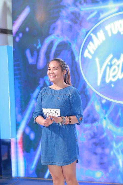 Nữ nhân viên sòng bài khiến giám khảo VN Idol ngơ ngẩn - 4