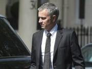 Về MU, Mourinho hưởng lương cao nhất giới HLV
