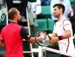 """Hot shot: """"Cá mập"""" bỏ nhỏ khiến Djokovic đứng hình"""