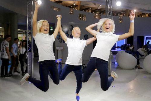 Olympic: Chị em sinh ba lập kỉ lục vô tiền khoáng hậu - 3
