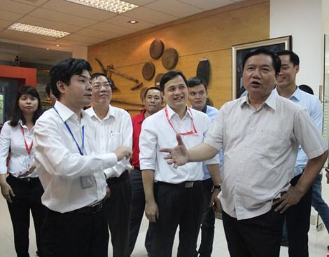 Bí thư Thăng: 'Lương kỹ sư CNTT 8-10 triệu, làm sao sống?' - 1