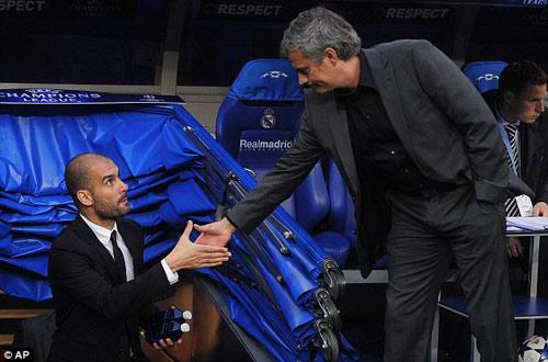 Góc nhìn: Pep nên lo lắng khi Mourinho tới MU - 1