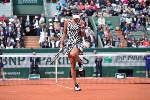 Roland Garros ngày 7: Ivanovic dừng bước, Tsonga bỏ cuộc - 6