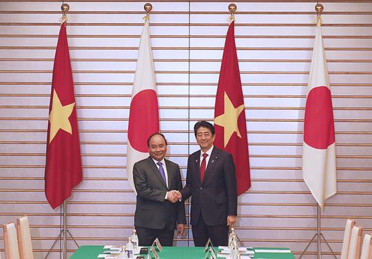 Hai Thủ tướng Việt-Nhật: Không được quân sự hóa Biển Đông - 1