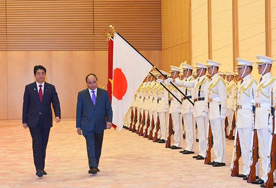 Hai Thủ tướng Việt-Nhật: Không được quân sự hóa Biển Đông - 2