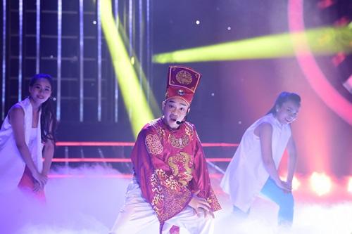 """Hòa Minzy nhận """"mưa lời khen"""" từ Hoài Linh - 7"""
