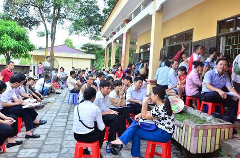 Chủ tịch Chung đối thoại với người dân bãi rác Nam Sơn - 4