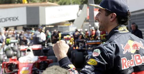 """Phân hạng Monaco GP: """"Bò húc"""" đã trở lại?! - 1"""