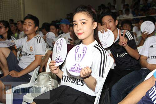 """Dàn hot girl Real Madrid """"tỏa sáng cảm xúc"""" chung kết cúp C1 - 1"""