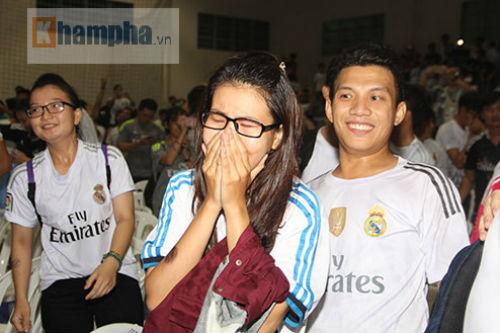 """Dàn hot girl Real Madrid """"tỏa sáng cảm xúc"""" chung kết cúp C1 - 14"""