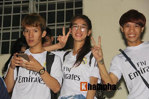 """Dàn hot girl Real Madrid """"tỏa sáng cảm xúc"""" chung kết cúp C1 - 15"""