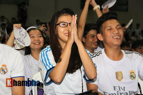 """Dàn hot girl Real Madrid """"tỏa sáng cảm xúc"""" chung kết cúp C1 - 5"""