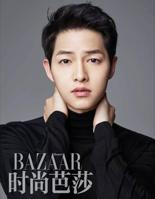"""Những khoảnh khắc """"đốn tim"""" fan của Song Joong Ki - 1"""