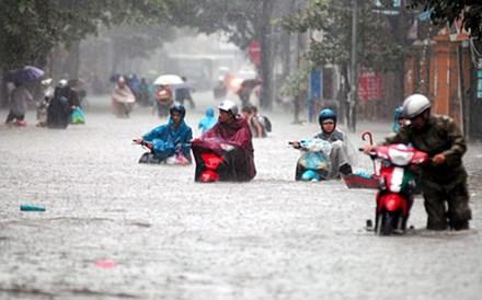 Chiều tối nay, Hà Nội có thể ngập nặng do mưa dông - 1