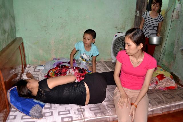 Vụ án chị sát hại em: Người mẹ kế xin giảm án cho con - 1