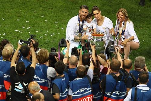 "Real - Ronaldo quậy tung Bernabeu mừng ""Undecima"" - 13"