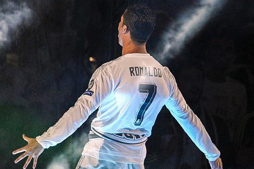 "Real - Ronaldo quậy tung Bernabeu mừng ""Undecima"" - 5"