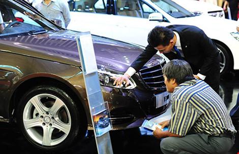 Giá ô tô sang nhập khẩu sẽ tiếp tục tăng mạnh? - 1