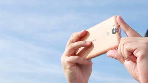 Điện thoại nào vào facebook nhanh, dùng cả ngày không hết pin? - 3