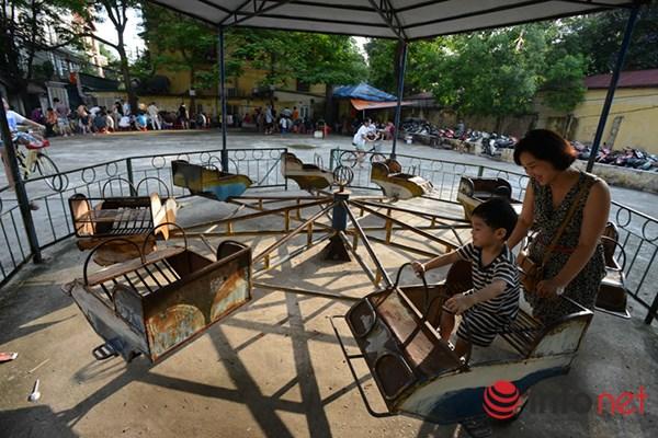 Trẻ em ở Hà Nội đang thiếu thốn sân chơi - 3
