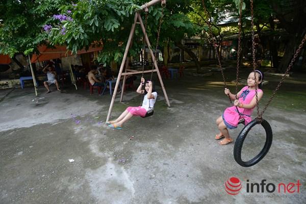 Trẻ em ở Hà Nội đang thiếu thốn sân chơi - 4