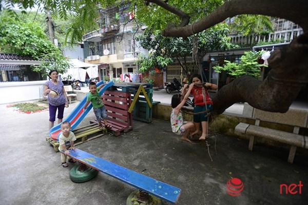 Trẻ em ở Hà Nội đang thiếu thốn sân chơi - 9