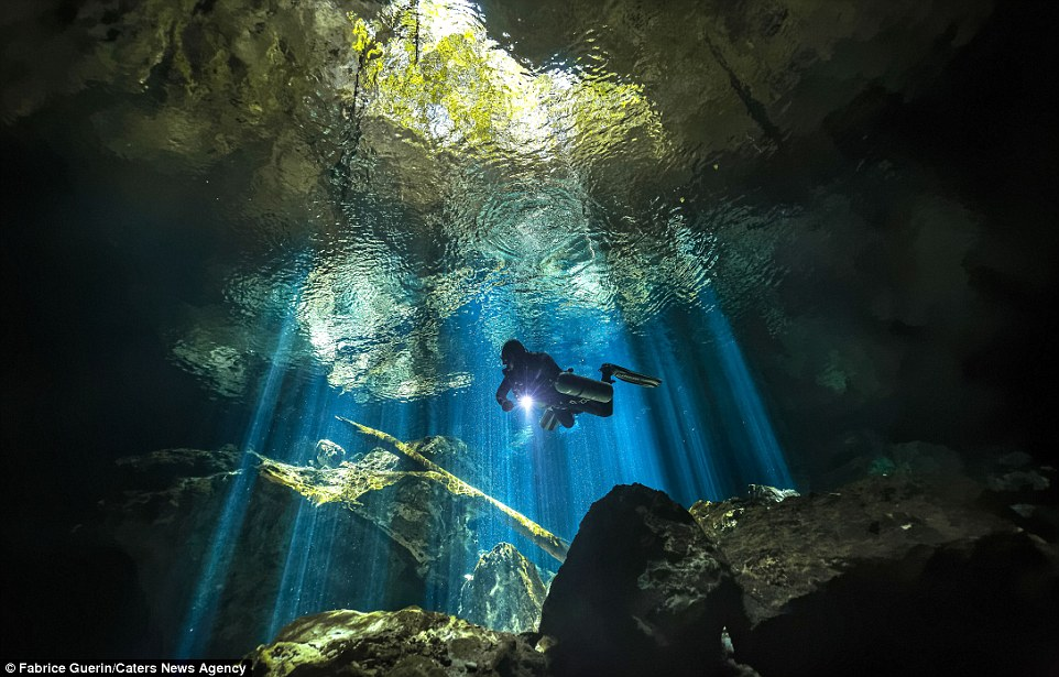 Khám phá nghĩa địa dưới nước của người Maya cổ - 1