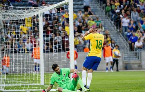 """Brazil - Panama: Màn """"tập bắn"""" hoàn hảo - 1"""