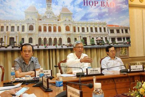 Bí thư Thăng yêu cầu cách chức Trưởng phòng TNMT Hóc Môn: Phải chờ - 1