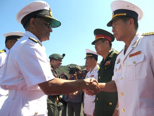 """""""Sát thủ diệt hạm"""" của Ấn Độ thăm Cam Ranh - 1"""