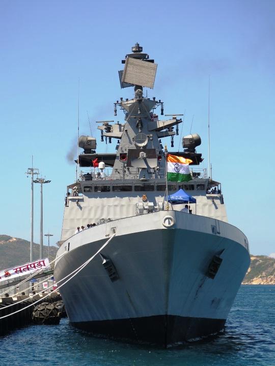 """""""Sát thủ diệt hạm"""" của Ấn Độ thăm Cam Ranh - 3"""