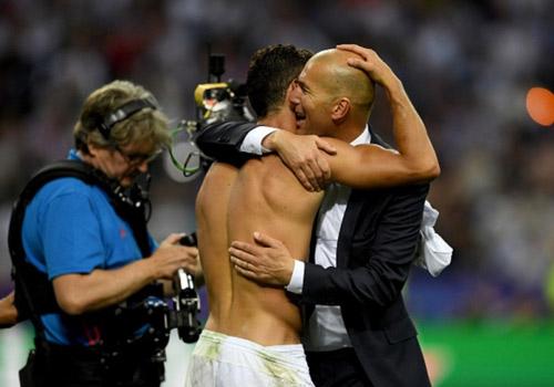 Real Madrid: Chờ án cấm vận và biến động đội hình - 1