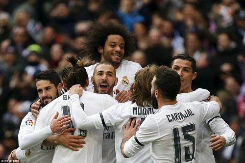 Real Madrid: Chờ án cấm vận và biến động đội hình - 2