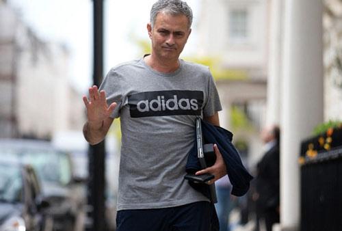 """Mourinho """"ghẻ lạnh"""" sao trẻ: Ai bảo không có """"đất"""" - 1"""
